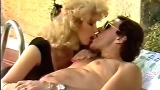 Italien Smooching & Tongue Have Fun 1987
