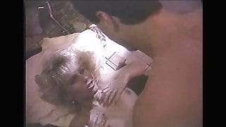 Cock-squeezing Stunner Fucked In Jacuzzi