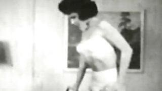 Erotic Nudes 554 40's and 50's - Scene 7